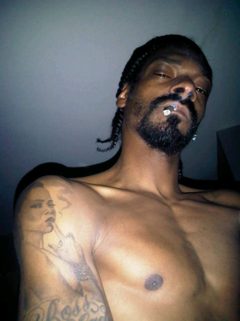 snoop dog shirtless