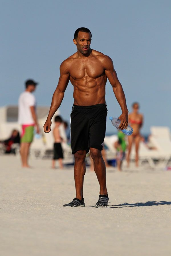 Shirtless Black Male Celebrities Archives - Naked Black